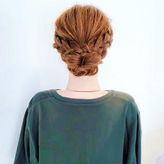 三つ編み 大人かわいい ヘアアレンジ くるりんぱ ヘアスタイルや髪型の写真・画像