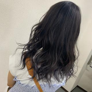 モード ラベンダーアッシュ セミロング ブリーチ ヘアスタイルや髪型の写真・画像