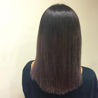 グレージュ ハイライト パープル ミディアム ヘアスタイルや髪型の写真・画像