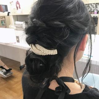バレッタ ナチュラル ヘアアレンジ 結婚式 ヘアスタイルや髪型の写真・画像