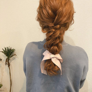 ヘアセット 編みおろしヘア ヘアアレンジ セミロング ヘアスタイルや髪型の写真・画像