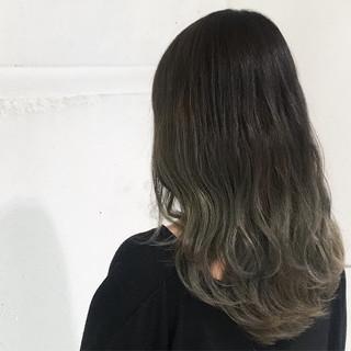 暗髪 バレイヤージュ ストリート 外国人風 ヘアスタイルや髪型の写真・画像