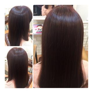 セミロング レッド ベリーピンク ナチュラル ヘアスタイルや髪型の写真・画像
