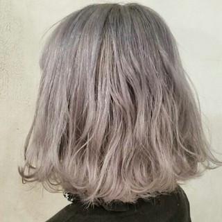 ホワイト モード 外国人風 ハイトーン ヘアスタイルや髪型の写真・画像
