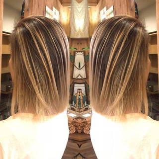 コントラストハイライト 外国人風 アンニュイほつれヘア ナチュラル ヘアスタイルや髪型の写真・画像
