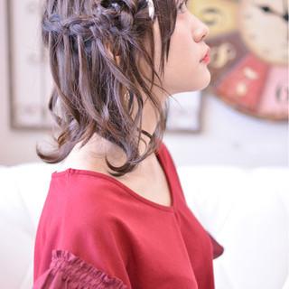 ウォーターフォール かわいい ヘアアレンジ セミロング ヘアスタイルや髪型の写真・画像