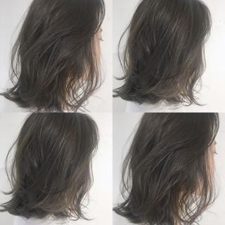 アンニュイ グレージュ ブリーチなし ストリート ヘアスタイルや髪型の写真・画像