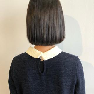 ミニボブ 外ハネボブ ナチュラル ボブ ヘアスタイルや髪型の写真・画像