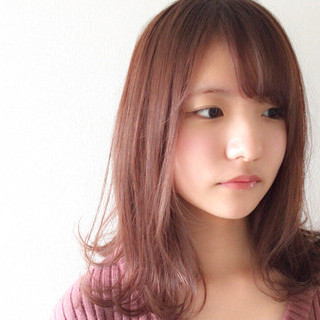 ピンクの髪色がアツい!アッシュやベージュでかわいく変身♡