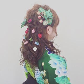 ハーフアップ ロング ナチュラル 袴 ヘアスタイルや髪型の写真・画像