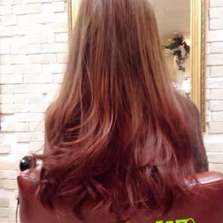 黒髪 ブラウンベージュ グラデーションカラー レッド ヘアスタイルや髪型の写真・画像