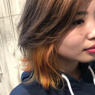 インナーカラーオレンジ ボブ ストリート イエロー ヘアスタイルや髪型の写真・画像 ヘアスタイルや髪型の写真・画像