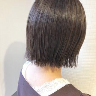 モード ミニボブ ショートボブ グレージュ ヘアスタイルや髪型の写真・画像