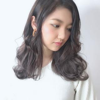 ホワイトカラー うる艶カラー ロング ブリーチカラー ヘアスタイルや髪型の写真・画像 ヘアスタイルや髪型の写真・画像