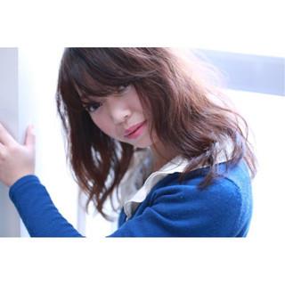 デジタルパーマ パーマ ミディアム ルーズ ヘアスタイルや髪型の写真・画像