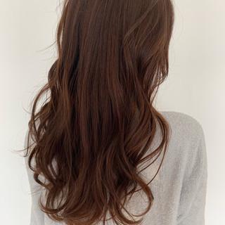 ゆるふわパーマ 小顔ヘア ナチュラル パーマ ヘアスタイルや髪型の写真・画像