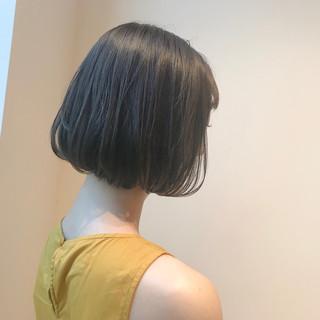 ブリーチなし ミニボブ アッシュベージュ ナチュラル ヘアスタイルや髪型の写真・画像
