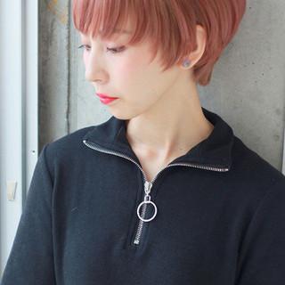 外国人風 ストリート ショート ハイライト ヘアスタイルや髪型の写真・画像