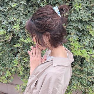 ヘアアレンジ デート 簡単ヘアアレンジ ナチュラル ヘアスタイルや髪型の写真・画像 ヘアスタイルや髪型の写真・画像