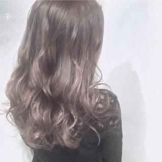 透明感 セミロング 外国人風カラー アッシュグレージュ ヘアスタイルや髪型の写真・画像 ヘアスタイルや髪型の写真・画像