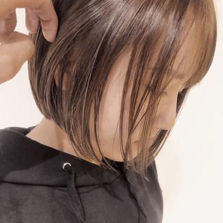 ベージュ ボブ ショートボブ ハイライト ヘアスタイルや髪型の写真・画像