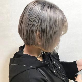 韓国ヘア ヘアアレンジ ショート ハイトーンカラー ヘアスタイルや髪型の写真・画像