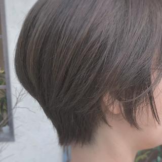 大人女子 グレーアッシュ ボブ ゆるふわ ヘアスタイルや髪型の写真・画像 ヘアスタイルや髪型の写真・画像