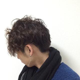 ストリート ボーイッシュ 刈り上げ パーマ ヘアスタイルや髪型の写真・画像
