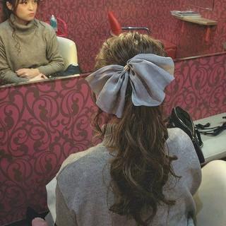 ヘアアレンジ ナチュラル アッシュベージュ ロング ヘアスタイルや髪型の写真・画像