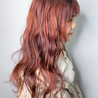 ロング ハイトーンカラー イルミナカラー 外国人風カラー ヘアスタイルや髪型の写真・画像