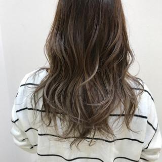 グラデーションカラー アッシュ 外国人風 ストリート ヘアスタイルや髪型の写真・画像
