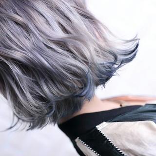 ダブルカラー 切りっぱなし ボブ グラデーションカラー ヘアスタイルや髪型の写真・画像
