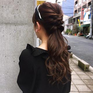 オフィス ヘアアレンジ ロング くるりんぱ ヘアスタイルや髪型の写真・画像