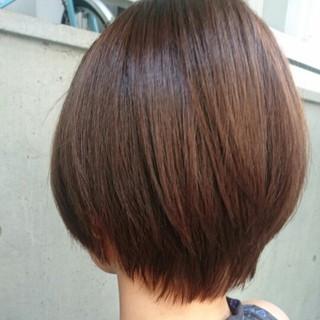 おフェロ ブラウンベージュ ショート アッシュ ヘアスタイルや髪型の写真・画像
