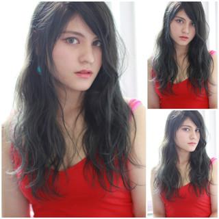 ネイビー ブルー ガーリー 外国人風 ヘアスタイルや髪型の写真・画像 ヘアスタイルや髪型の写真・画像