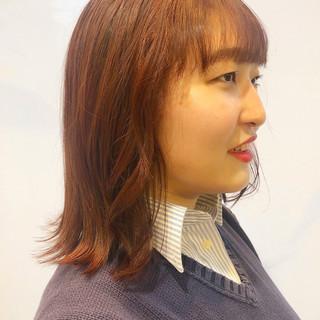 ナチュラル オレンジカラー ミディアム レッドブラウン ヘアスタイルや髪型の写真・画像