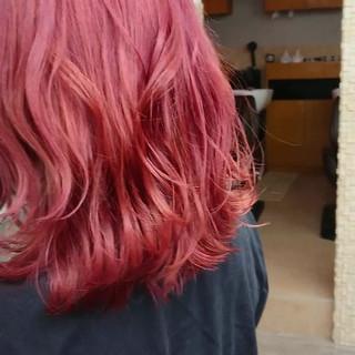 インナーカラー ストリート TOKIOトリートメント ピンクカラー ヘアスタイルや髪型の写真・画像