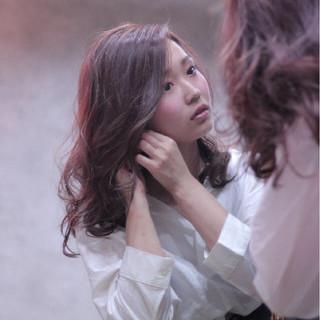 秋 ミディアム エレガント 上品 ヘアスタイルや髪型の写真・画像