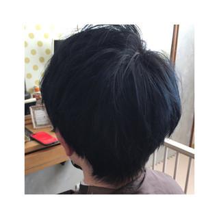 ブルーブラック ショート ブルー ブルーアッシュ ヘアスタイルや髪型の写真・画像