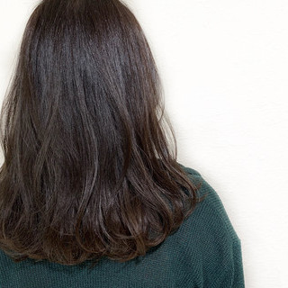 秋 艶髪 ナチュラル ミディアム ヘアスタイルや髪型の写真・画像