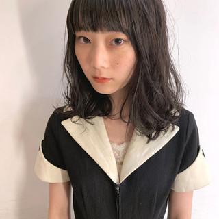 グレージュ パーマ フェミニン ミディアム ヘアスタイルや髪型の写真・画像