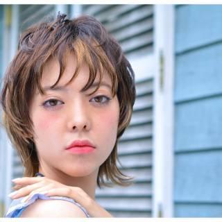 外国人風 外ハネ ウルフカット ナチュラル ヘアスタイルや髪型の写真・画像
