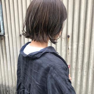 ガーリー アッシュベージュ ボブ インナーカラー ヘアスタイルや髪型の写真・画像