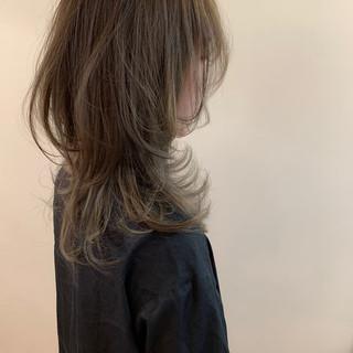 ナチュラル セミロング ウルフカット 外国人風 ヘアスタイルや髪型の写真・画像