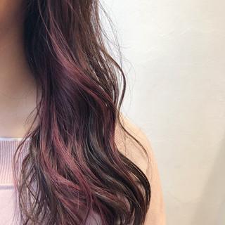 ミディアム インナーカラー ピンク 透け感 ヘアスタイルや髪型の写真・画像 ヘアスタイルや髪型の写真・画像