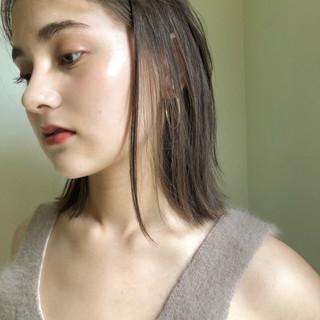 ミディアム ガーリー アウトドア アンニュイほつれヘア ヘアスタイルや髪型の写真・画像