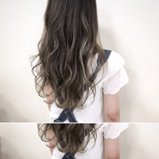 アッシュグレージュ 暗髪 ナチュラル ハイライト ヘアスタイルや髪型の写真・画像