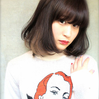 大人かわいい ミディアム 外国人風 暗髪 ヘアスタイルや髪型の写真・画像 ヘアスタイルや髪型の写真・画像