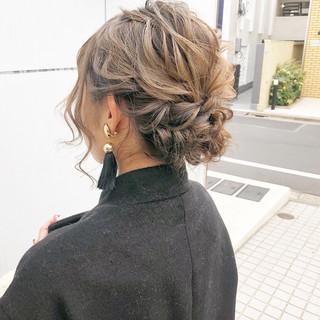 アンニュイほつれヘア ナチュラル ロング ヘアアレンジ ヘアスタイルや髪型の写真・画像 ヘアスタイルや髪型の写真・画像