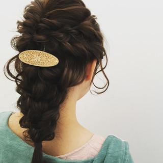 フェミニン ヘアアレンジ 編み込み 結婚式 ヘアスタイルや髪型の写真・画像